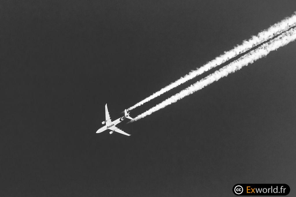 EI--EJJ A330-202 Alitalia