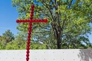 La Croix de Jean Michel Othoniel 1