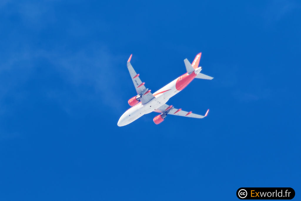 OE-IVC A320-214 Easy Jet II