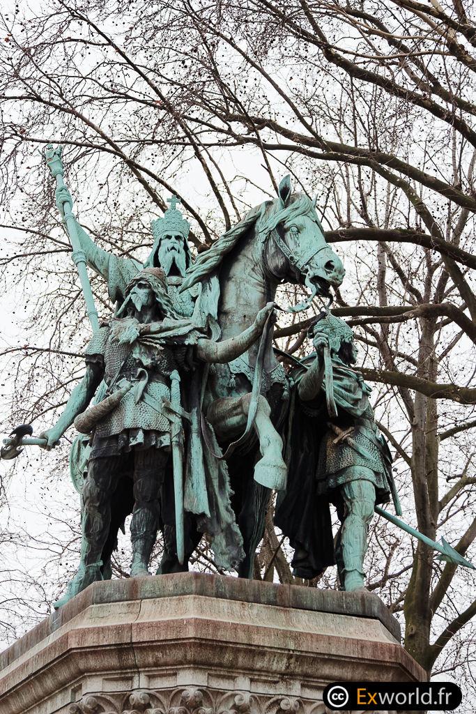Charlemagne et ses leudes II