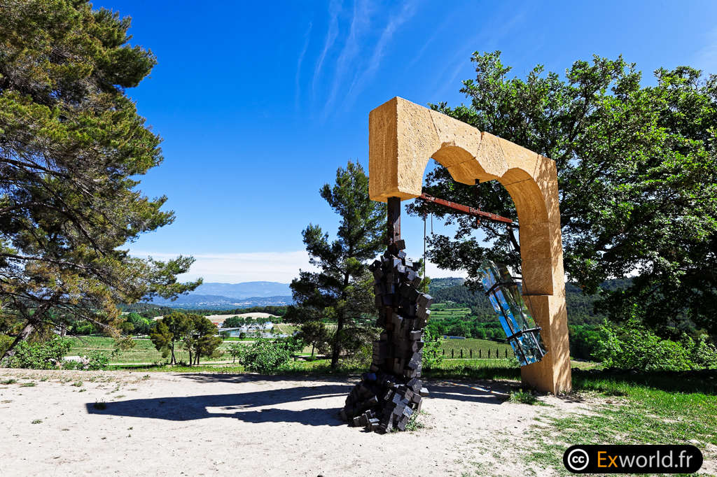 Portals de Tunga 1