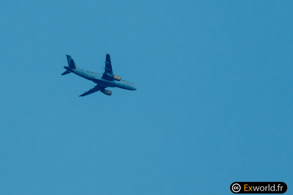 A319-112 EC-JXV Vueling