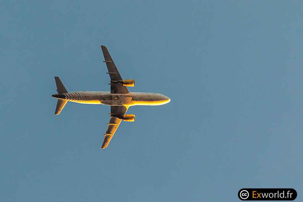 A320-214 EC-JSY Vueling