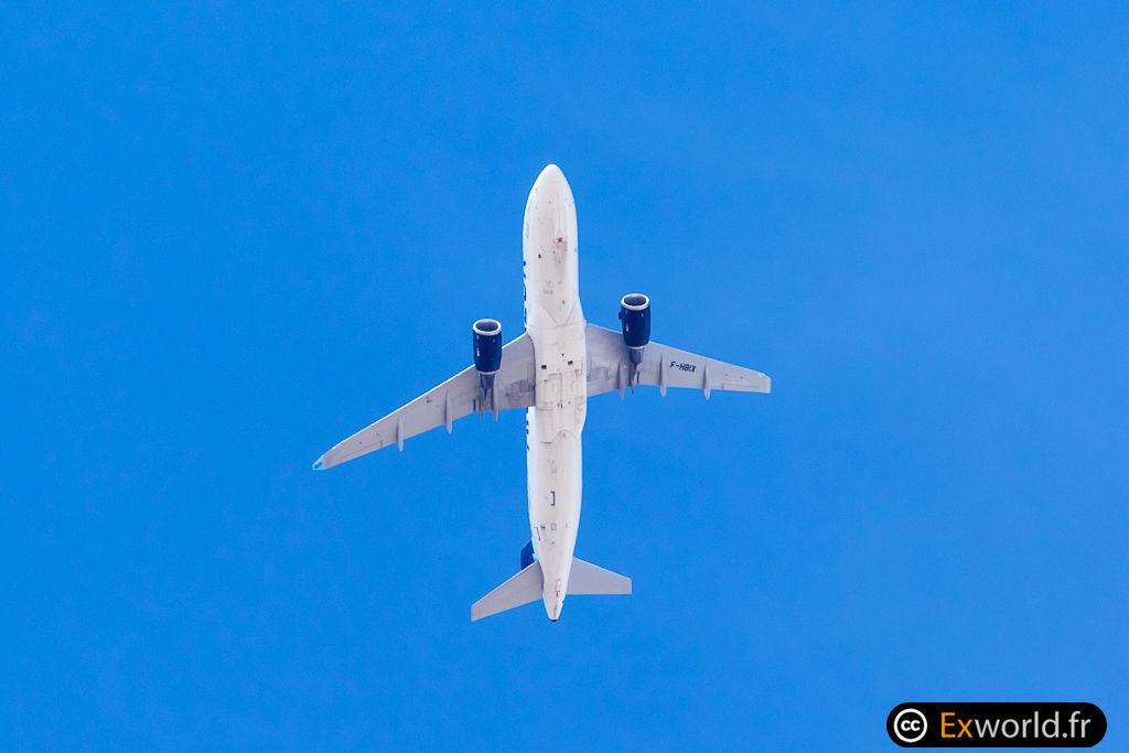 A320-214 F-HBIX Aigle Azur III