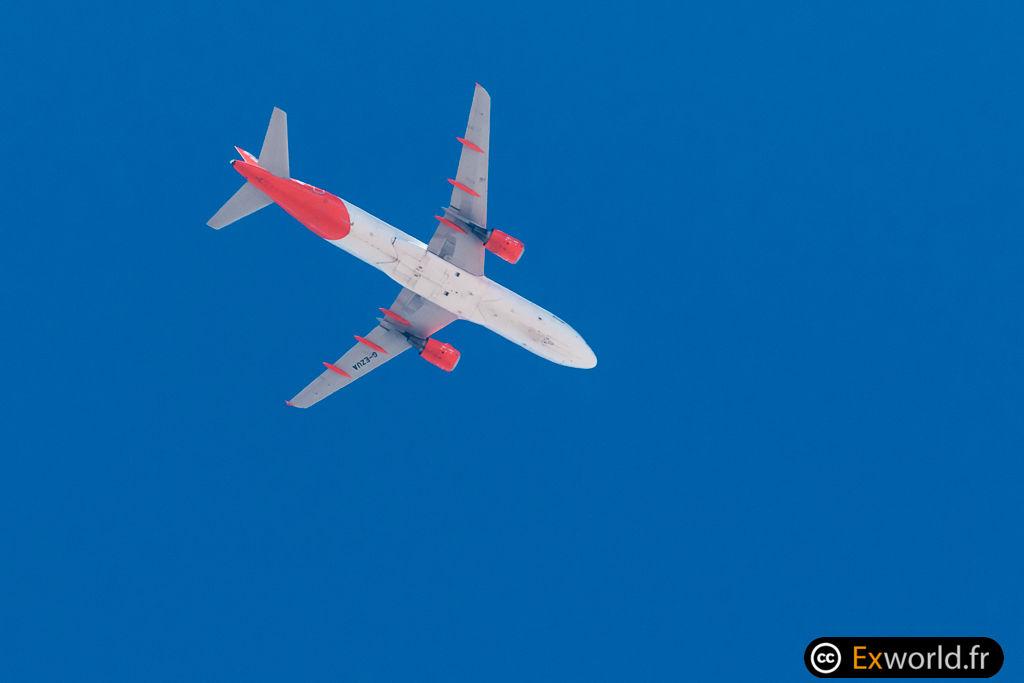 A320-214 G-EZUA Easy Jet