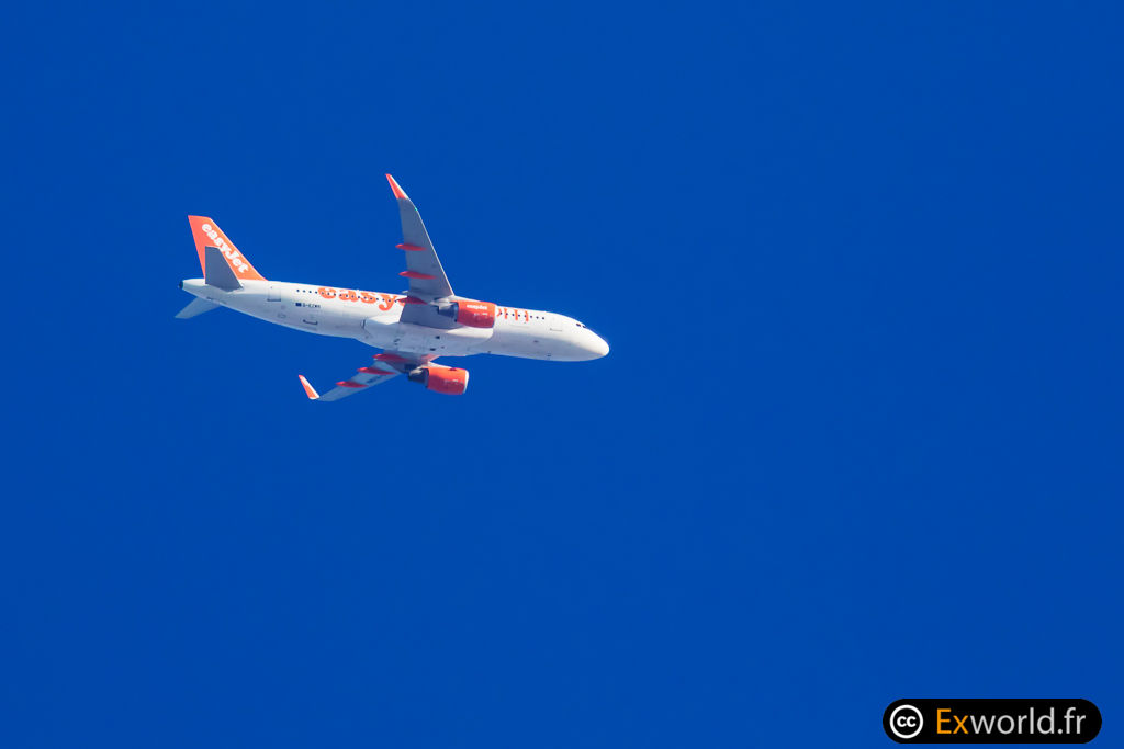 A320-214 G-EZWN Easy Jet