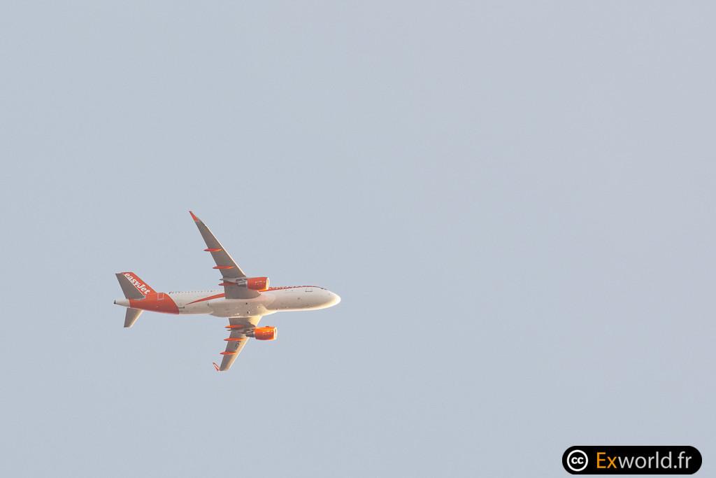 G-EZPY Airbus A320-214 EasyJet