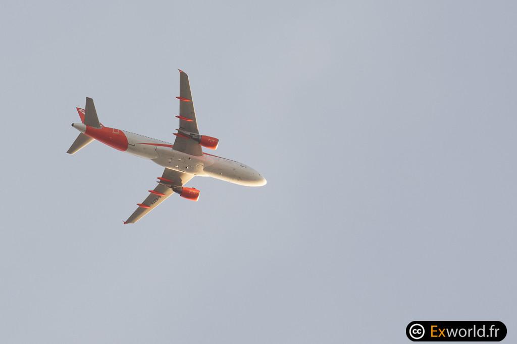G-EZTX Airbus A320-214 EasyJet