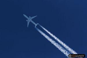 N2136U B777-322(ER) United Airlines